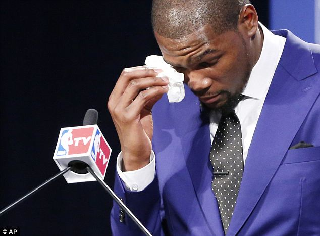 durant crying